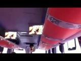 Пассажирам автобуса случайно показали порно