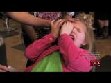 Child Abuse? Mother Forces Her 5-Year-Old Daughter TO Wax Her Eyebrows On Toddlers & Tiaras!