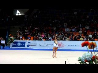 Евгения Канаева_выступление с обручем_февраль 2011 г.MOV