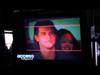 Access Hollywood - Mackenzie Foy (Behind The Scenes Twilight Favorite Characters)