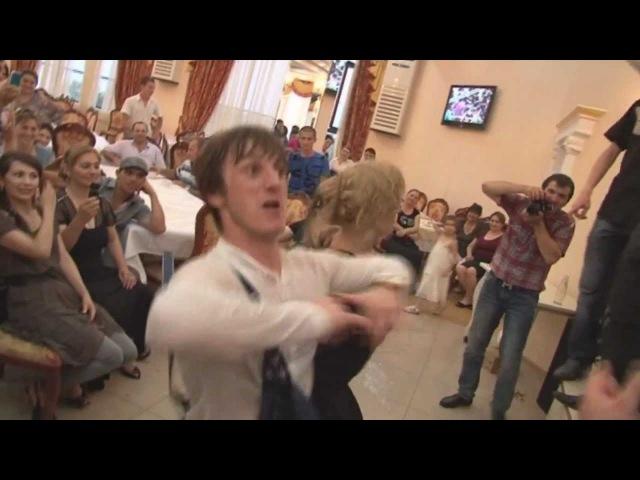 Шома Шуаев от души танцует !