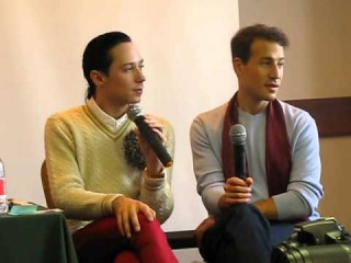 Johnny Weir fan meeting (6) (about the new costume) 11.11.2012 by Marina Nastevich