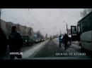 Автобус сбил девушку у Школы Искусств