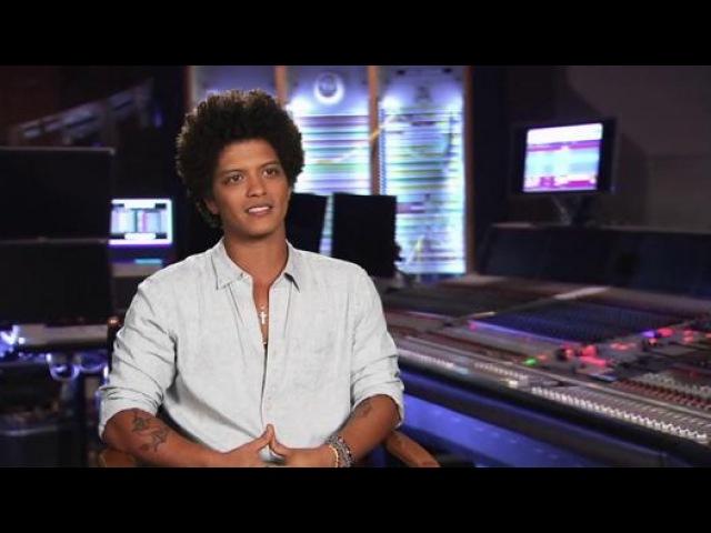 Rio 2 Interview - Bruno Mars (2014) - Animated Sequel Movie