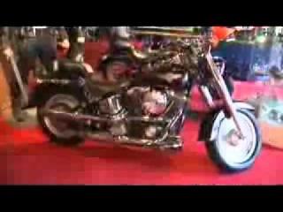 Мотоцикл Харлей из Терминатора 2 в музее Голливуда