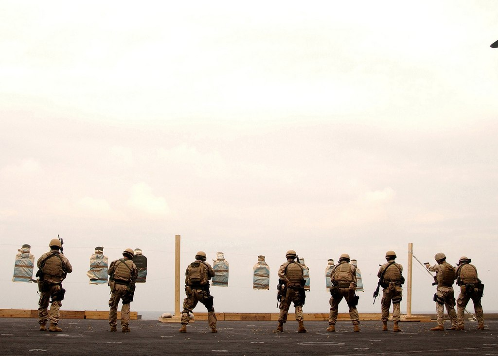 US Navy - Page 20 4eKVpCKVTyA