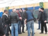 Крым Местные жители выгоняют Бандэровское телевидение 07 03 2014