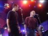 Shlomi Shabbat And Lior Narkis Singing Lekol Echad Yesh