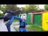 Мудаки!!!!!! Девушку ударили ногой по лицу