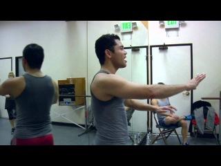 Видео Арианы Гранде с канала на YouTube. Съёмки клипа
