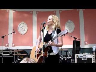 Anneke van Giersbergen - Jolene (Dolly Parton) @Bevrijdingsfestival, Leeuwarden 05-05-2011