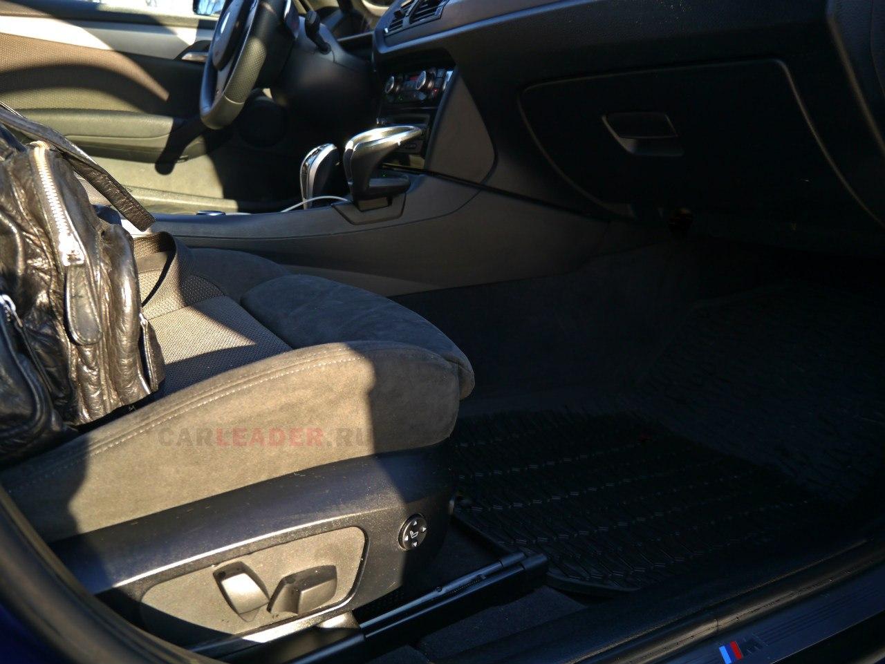 BMW X1 M сидения