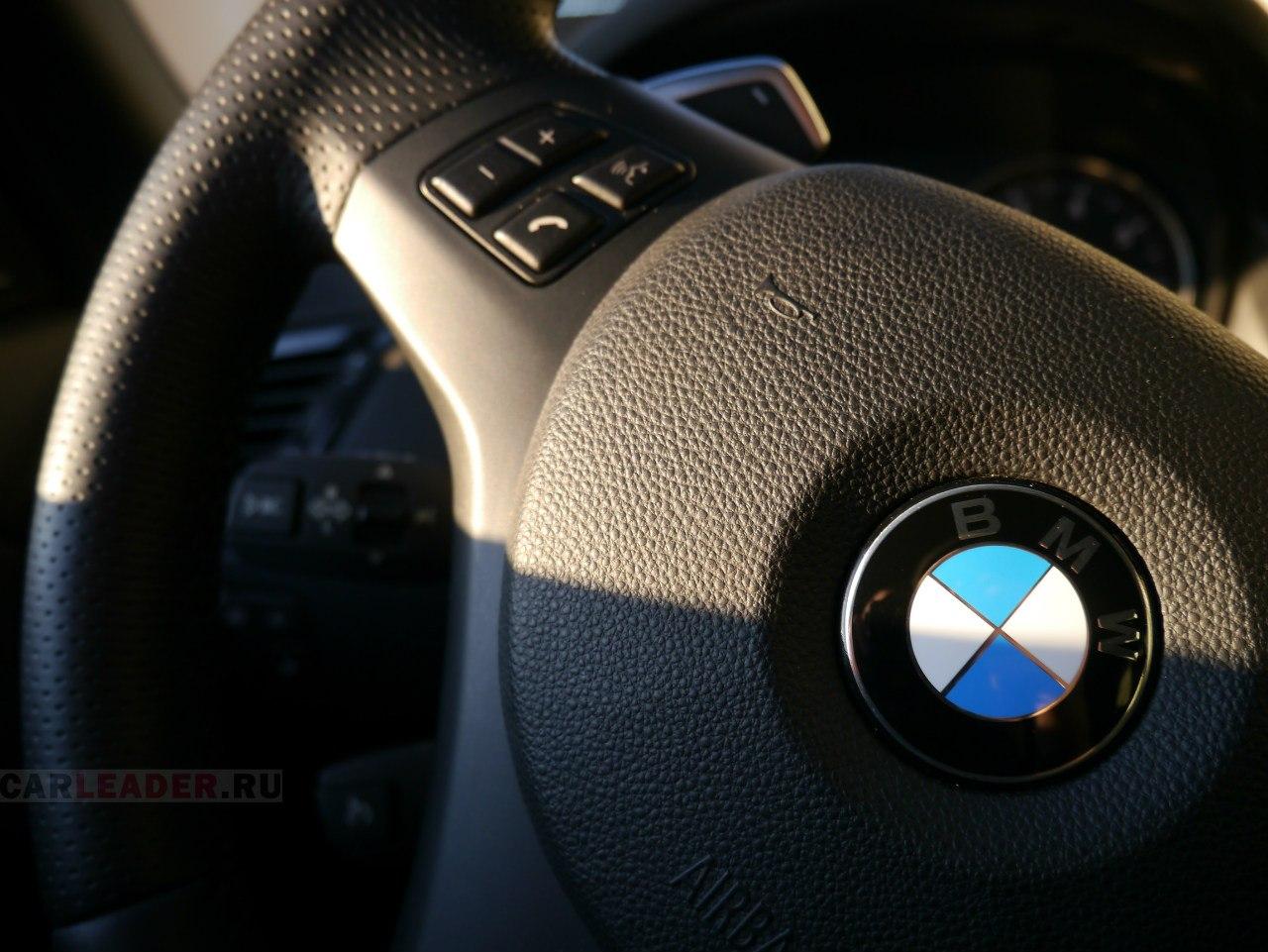 BMW X1 M руль