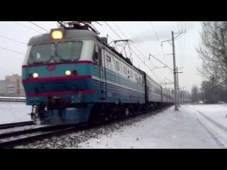 ЧС2к-600 с поездом №32