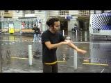 Удивительные трюки со стеклянным шаром