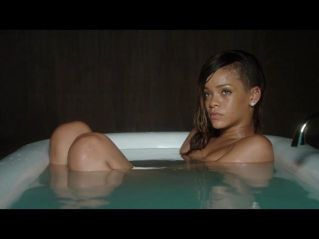 rihanna nude pics leaked online  22937