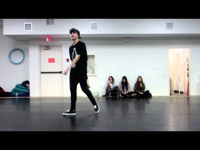 @Ian_Eastwood | KUBSKOUTZ/MWC | Usher | Seduction