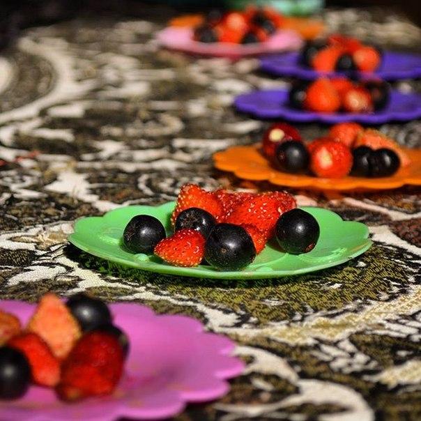 земляника, ягоды