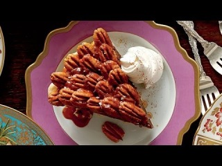 Chocolate Lover's Favorite Pecan Pie | Salted Caramel-Chocolate Pecan Pie