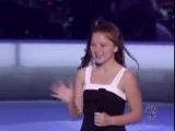 Весь зал аплодировал стоя,девочке(11 лет)