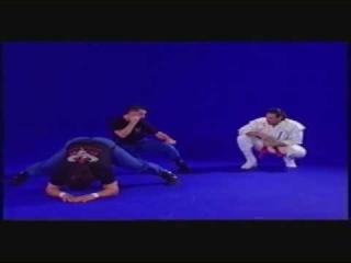 Hanshi Frank Dux teaching Koga Ryu Ninjutsu: lesson 2