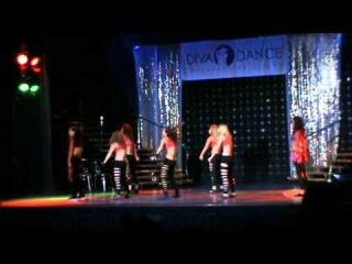 концерт в Гигант Холле- гоу гоу