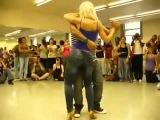 Удивительно прекрасный танец красивой попы Бачата MusVid net