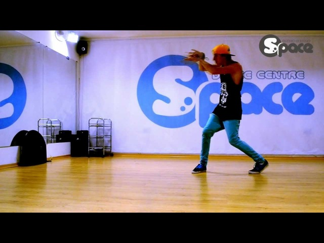 Space Dance Centre, hip-hop lirycal, classes by Yura Brovarnyi (18.08.2012)
