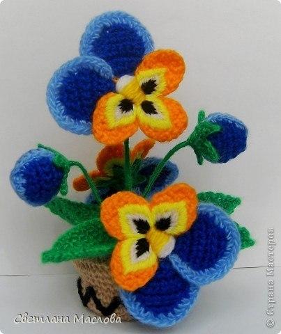 Красивые цветы крючком.