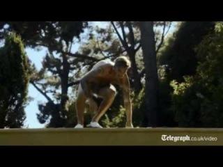 Half-naked David Beckham strips for new H&M underwear advert
