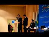 Галым Исмагулов и Серик Сапиев - на сцене перед 16ти камерами СМИ!