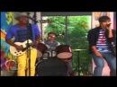 Violetta Los chicos cantan Are You Ready For The Ride en el Restó-Band