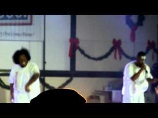 Tech N9ne & Krizz Kaliko - Blackened the Sun (Camp Buehring, Kuwait 15.12.2011)