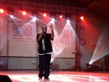 Tech N9ne & Krizz Kaliko (Camp Arifjan, Kuwait 18.12.11)