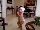 Baby shakira dancing like shakira شاكيرا تقليد رقص حدها كيوت