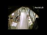 Баба срет в супермаркете под музыку CS