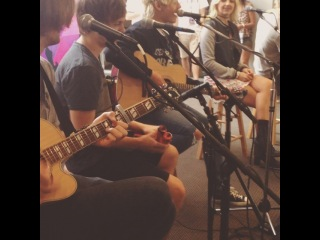 We had #r5 at the #hot1005 office today! What an amazing friendly group #work #live #music #acoustic