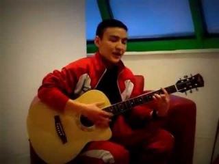 ღ♥ღКазах красиво поет и играет на гитаре ღ♥ღ