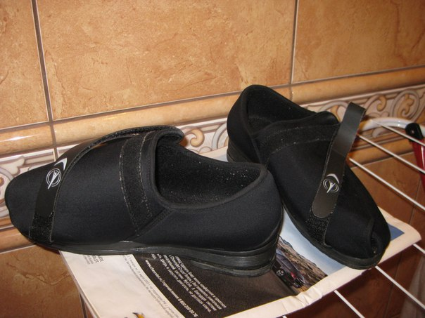 Раскраски одежда и обувь