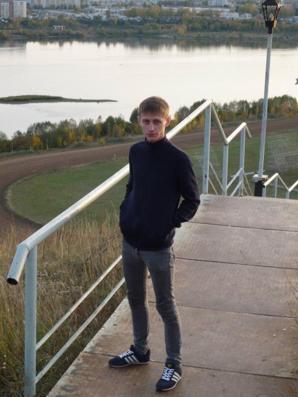 Vladimir, 26, Almetyevsk