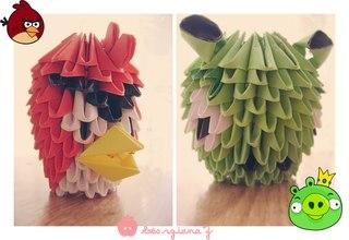 Птица и свинка из Angry Birds.