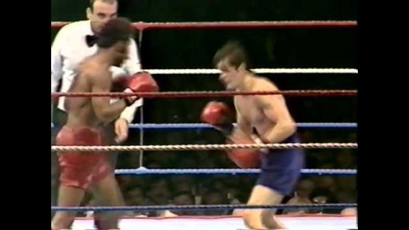 Barry McGuigan v Eusebio Pedroza World Title 1985