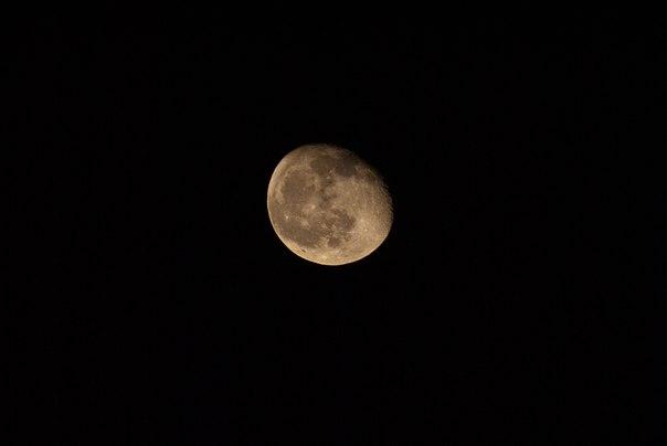 фото Луны на зеркально-менисковый объектив