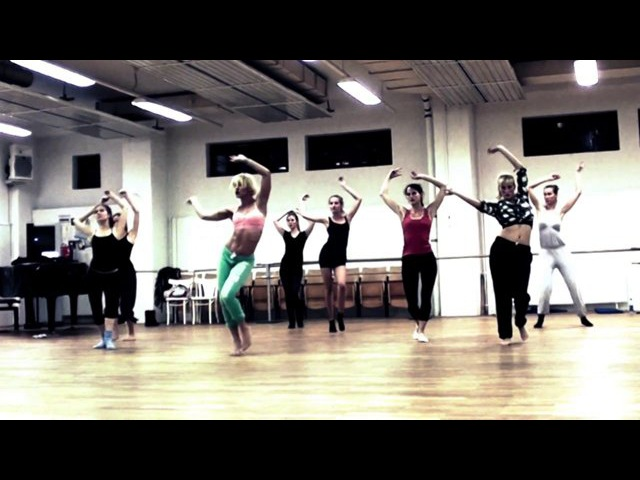 Feelin´ good - Jazz/ Burlesque Dance class with Patrizia Kowalak