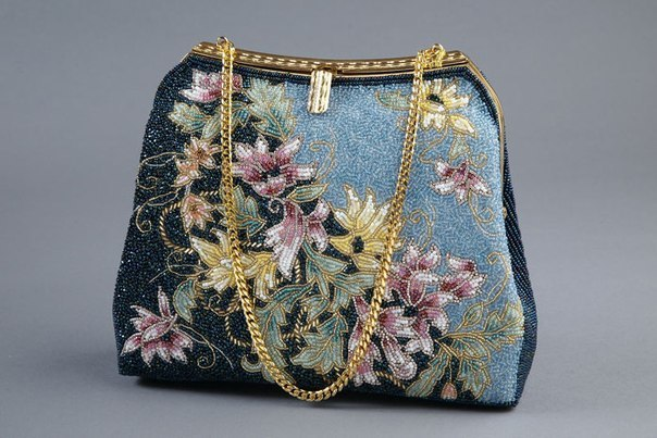 Beautiful handbag from beads