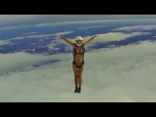 Hot naked babe skydives and more crazyness from Nilla & Sonny [CENSORED]