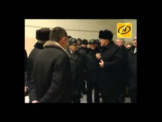 Александр Лукашенко Мы силой держим людей