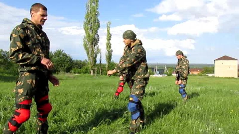 Пересветовцы помогают отцу Алексею проводить игру Зарница(Белогорье).