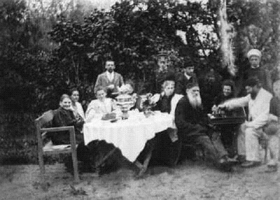 an introduction to the life of sergei vasilyevich rachmaninoff Sergei rachmaninov (piano, composer, arranger) born  sergei [sergey] vasilievich [vasilyevich]  (sergei rachmaninoff was the spelling the composer himself.