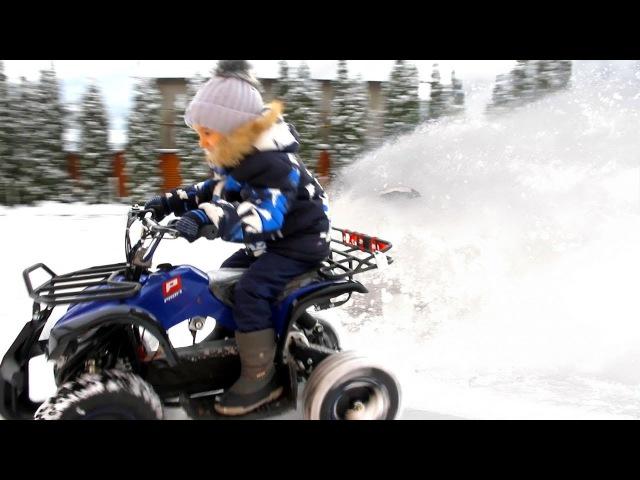 ДРИФТ на Квадроцикле зимой по Снегу. Зимняя покатушка на Электро Квадроцикле ог ...
